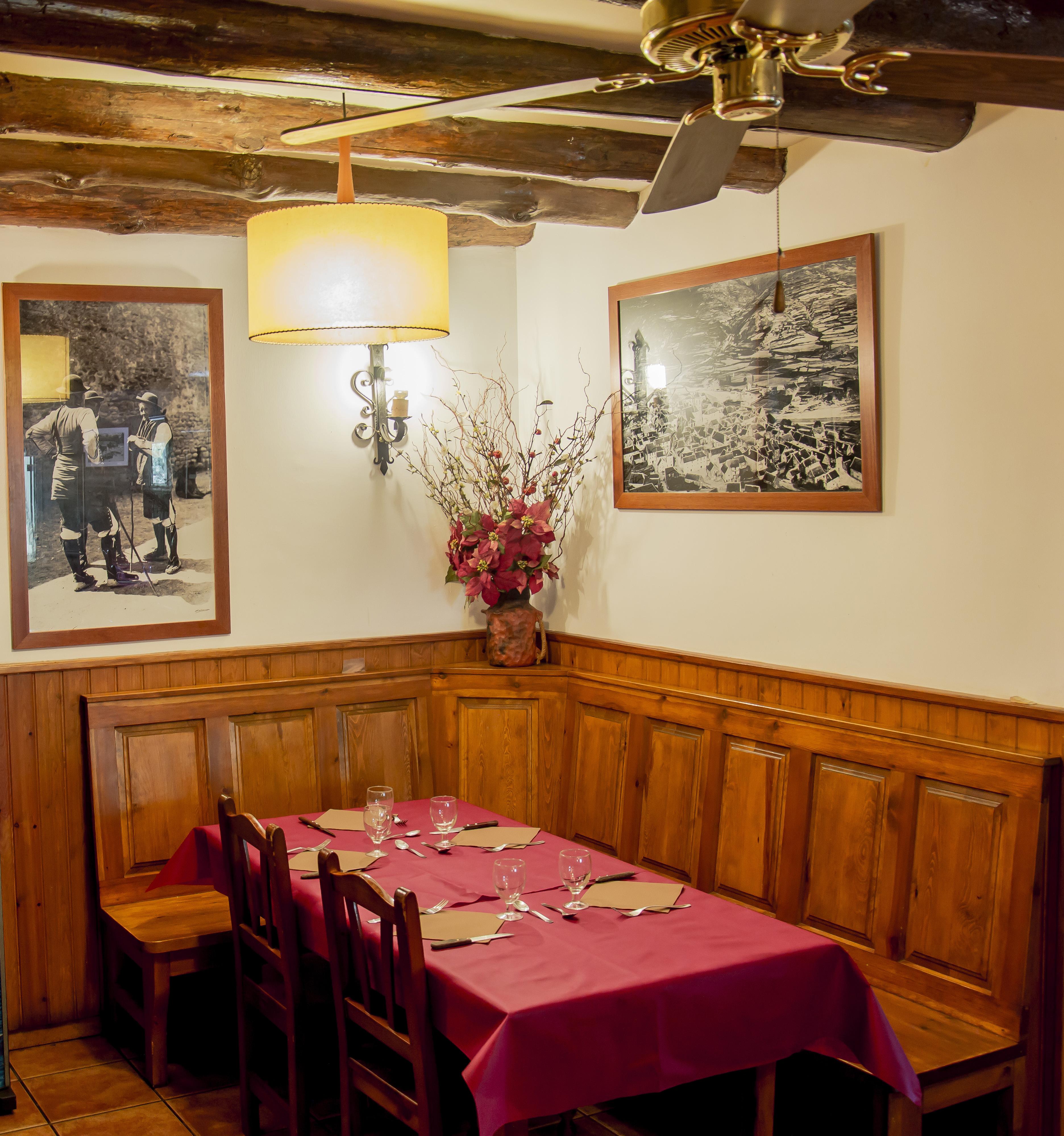 Restaurante- Comedor - Borda Bisaltico, restaurante y alojamiento ...