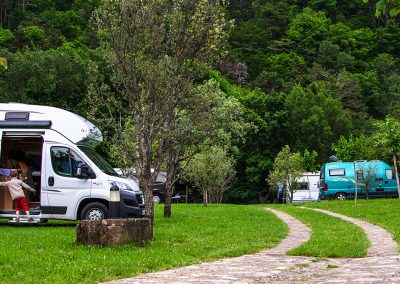 Camping Familiar  Borda Bisaltico, Valle de Hecho - Pirineos
