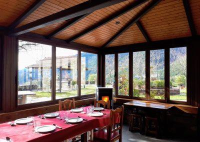 Terraza-Comedor.Restaurante Borda Bisaltico. Perfecto para grupos.