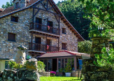 Restaurante Borda Bisaltico: carnes a la brasa, cocina tradicional aragonesa y del Pirineo
