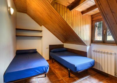 11B. habitación doble con baño compartido