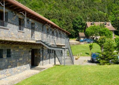 Apartamentos en Camping Borda Bisaltico, Turismo familiar, Valle de Hecho. Pirineo Aragoné