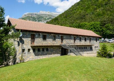 Apartamentos en Camping Borda Bisaltico, Turismo familiar, Valle de Hecho. Pirineo Aragonés
